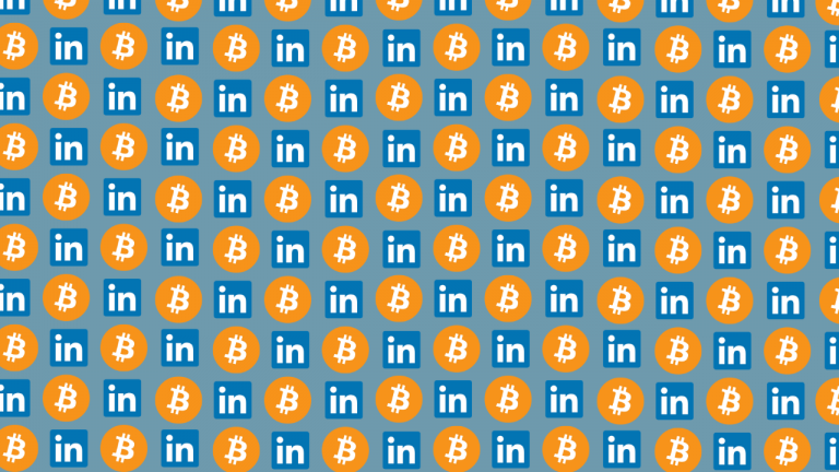 best cryptocurrency accounts to follow on twitter